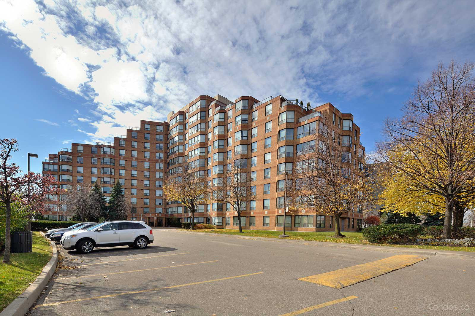 King's Terrace at 6 Humberline Dr, Toronto 0