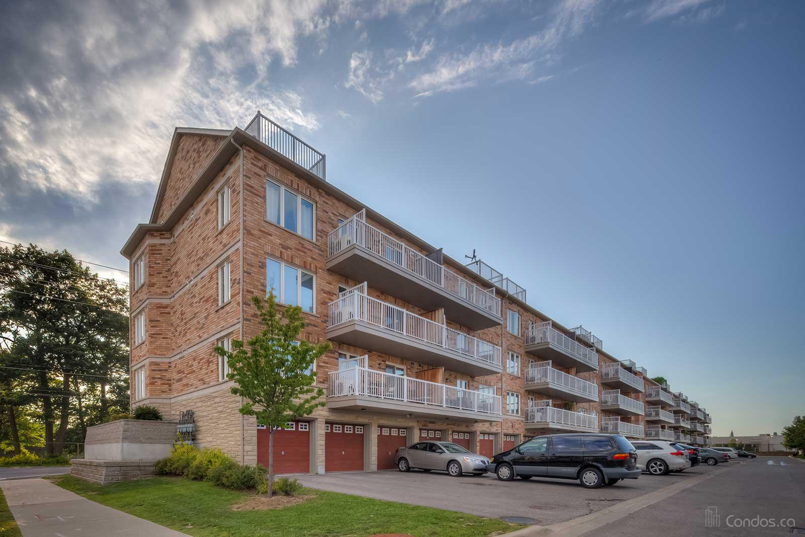 The Balsam Townhomes at 649 Warden Ave, Toronto 1