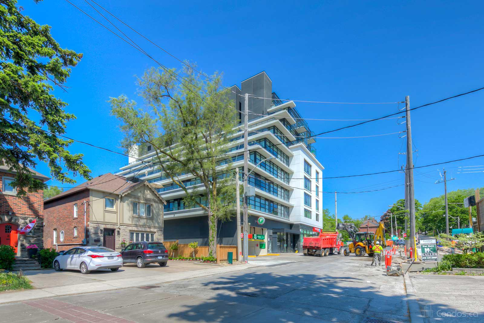 The Hill Condominiums in the Upper Village at 170 Chiltern Hill Rd, Toronto 0