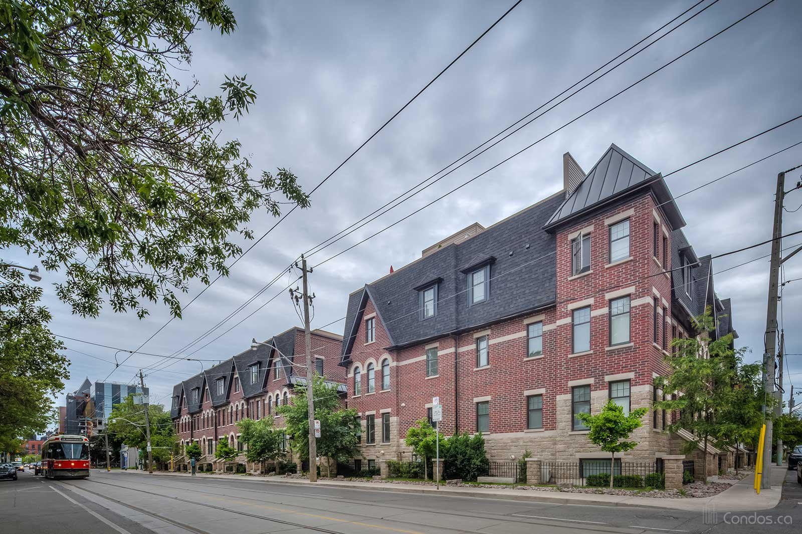 Riverside Towns at 150 Broadview Ave, Toronto 1