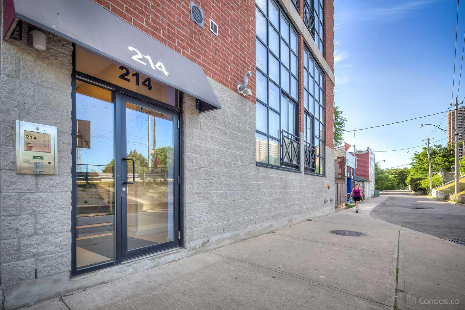 Upper Beaches Lofts at 214 Main St, Toronto 1