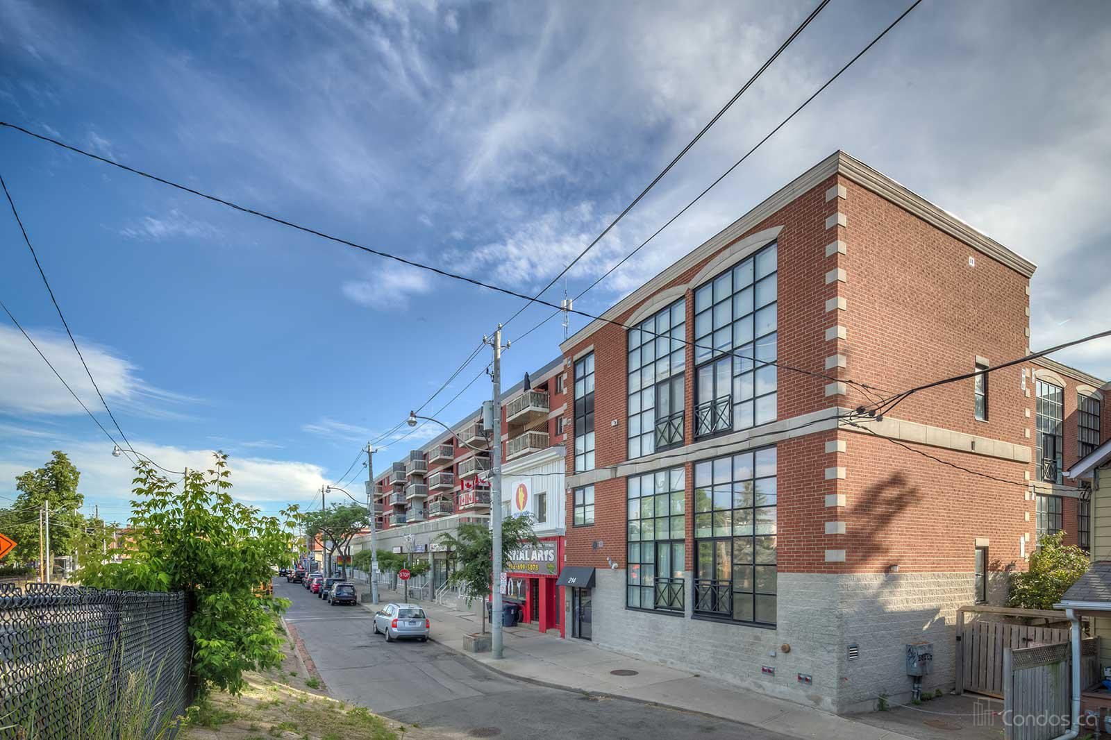 Upper Beaches Lofts at 214 Main St, Toronto 0