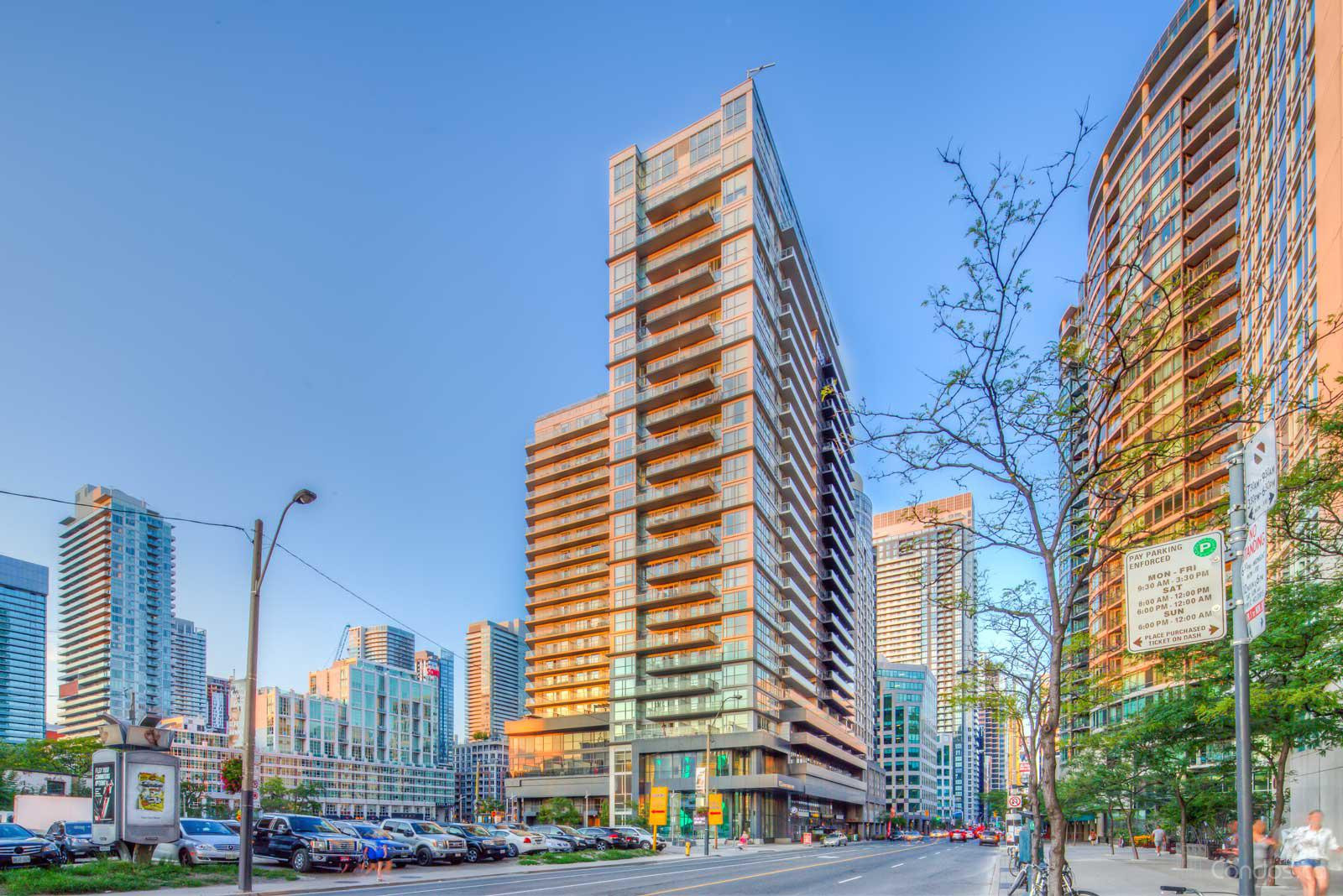 FLY Condos at 352 Front St W, Toronto 1