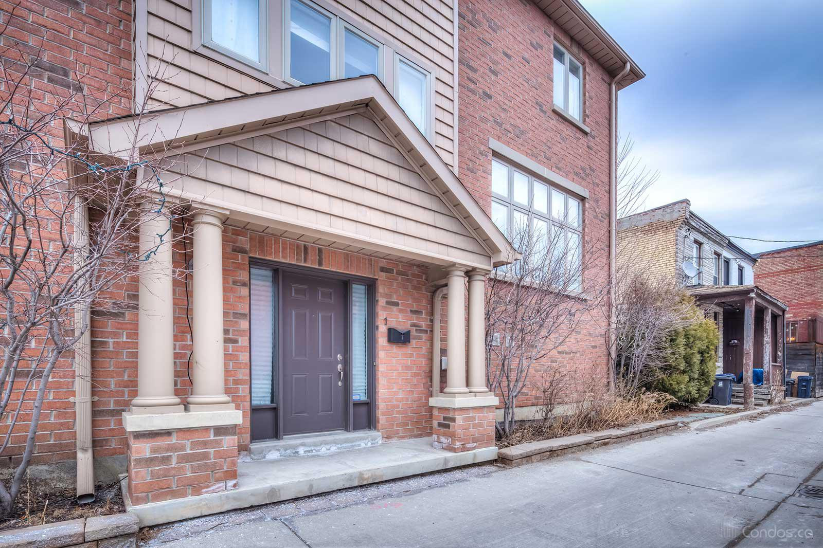 Townhomes of Plymouth Avenue at 10 Plymouth Ave, Toronto 1