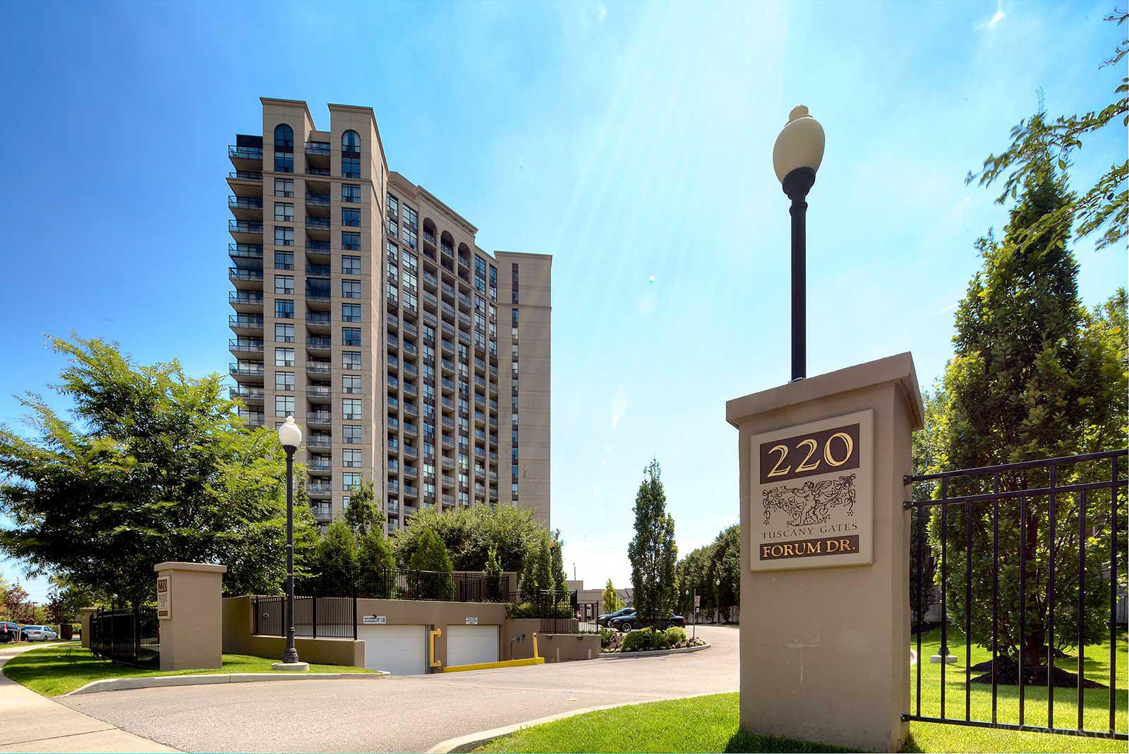 Tuscany Gate at 220 Forum Dr, Mississauga 0