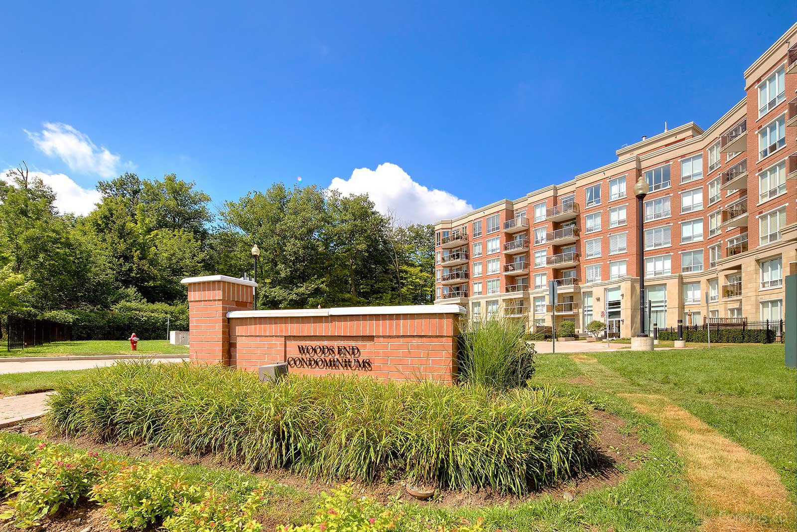 Woods End Condominiums at 483 Faith Dr, Mississauga 1