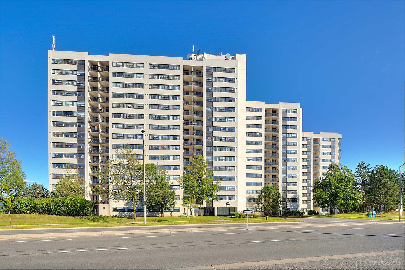 Meadowvale at 2900 Battleford Rd, Mississauga 1