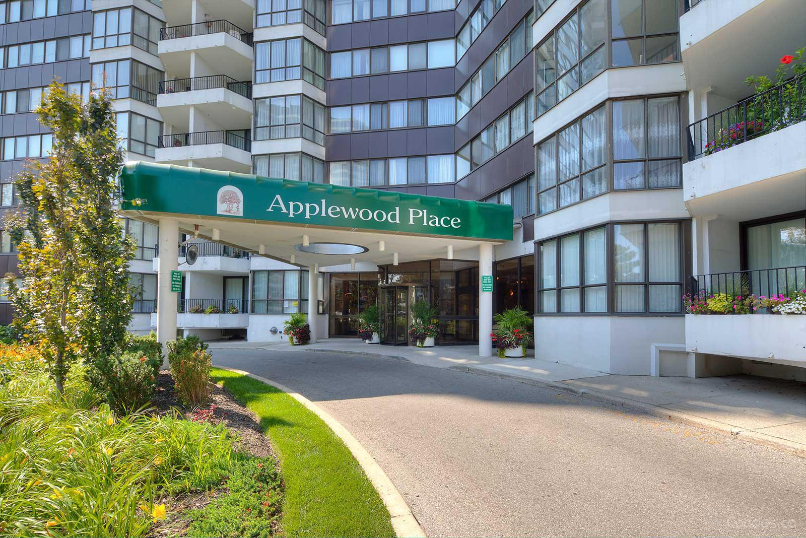 Applewood Place at 1333 Bloor St, Mississauga 1