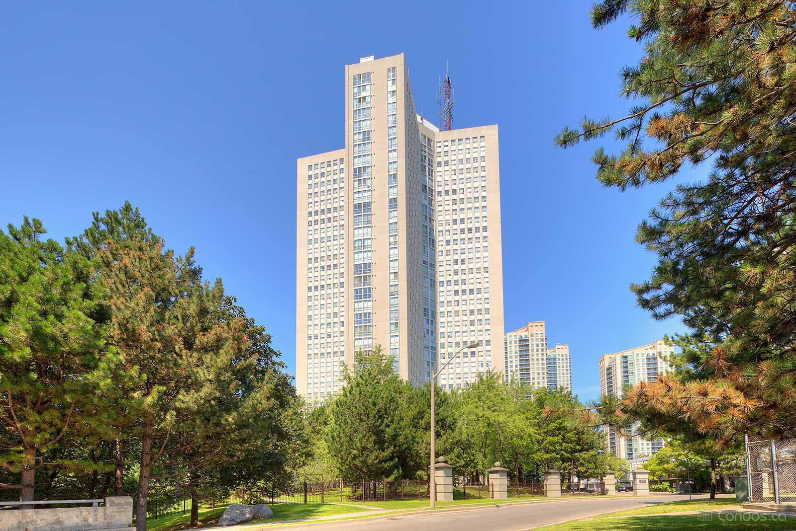 Place Ⅳ at 3650 Kaneff Crescent, Mississauga 0