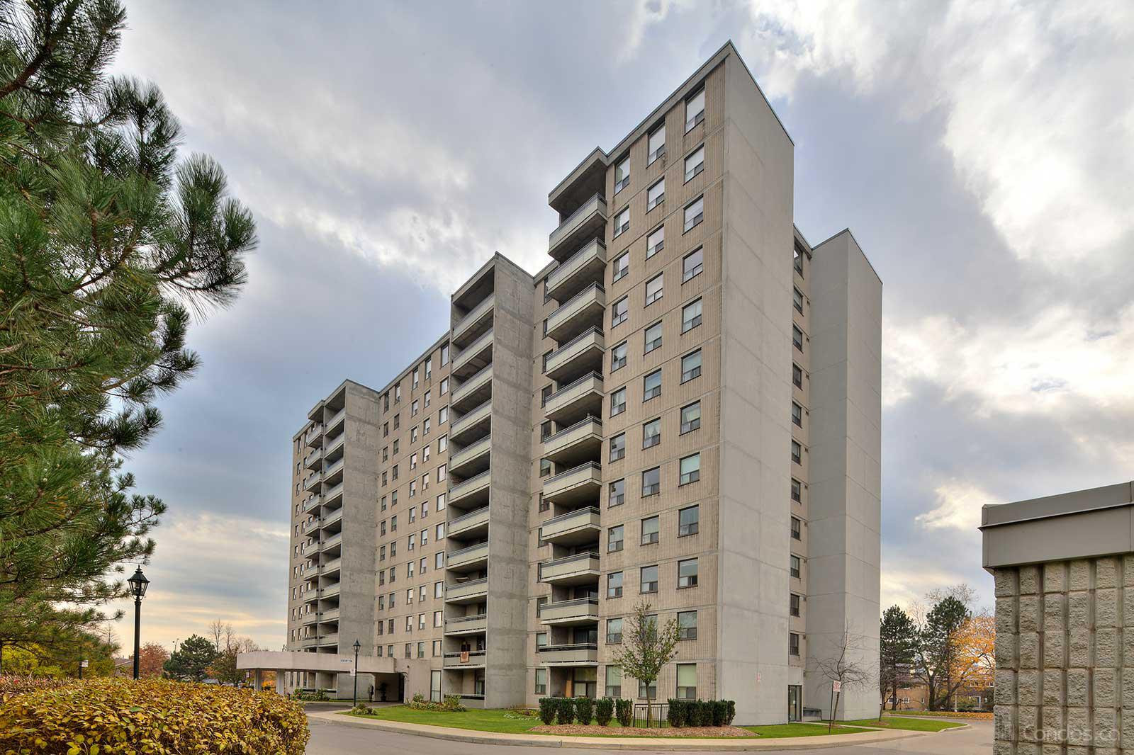Rathburn Towers at 355 Rathburn Rd E, Mississauga 1