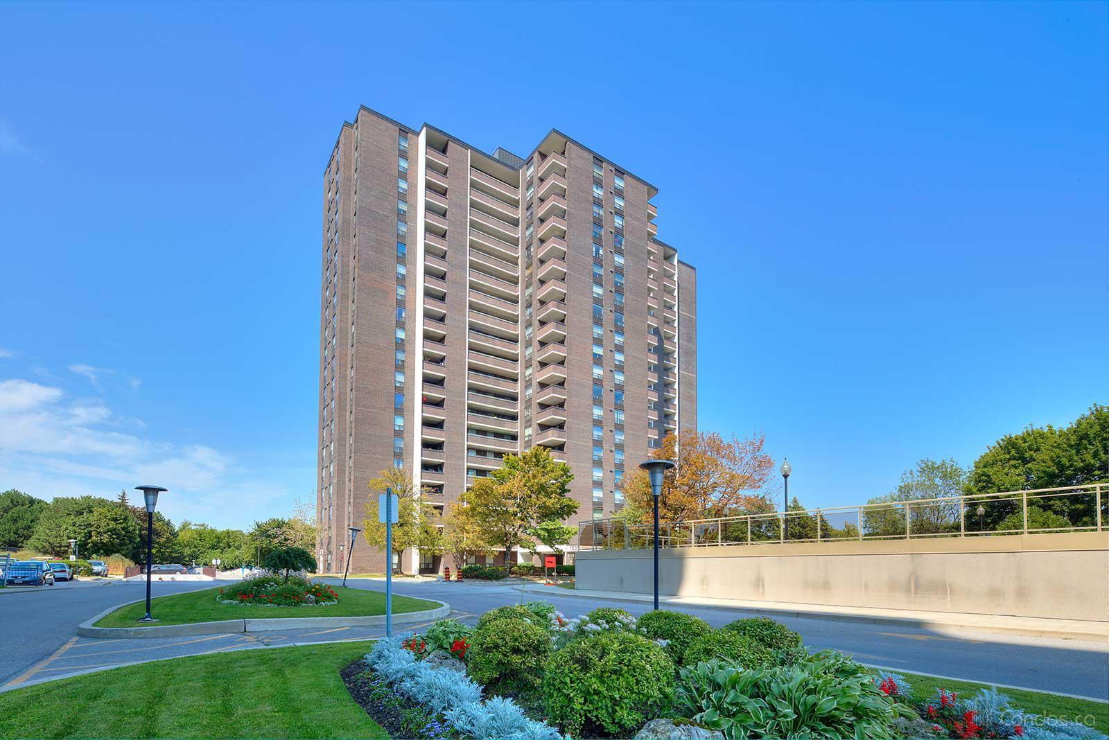 1535 Lakeshore at 1535 Lakeshore Rd E, Mississauga 0