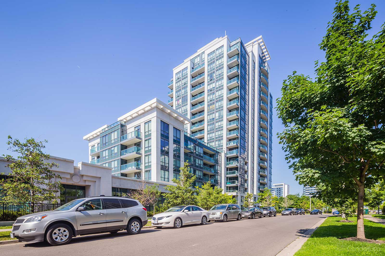 Central Park Condos and Towns at 80 N Park Rd, Vaughan 1