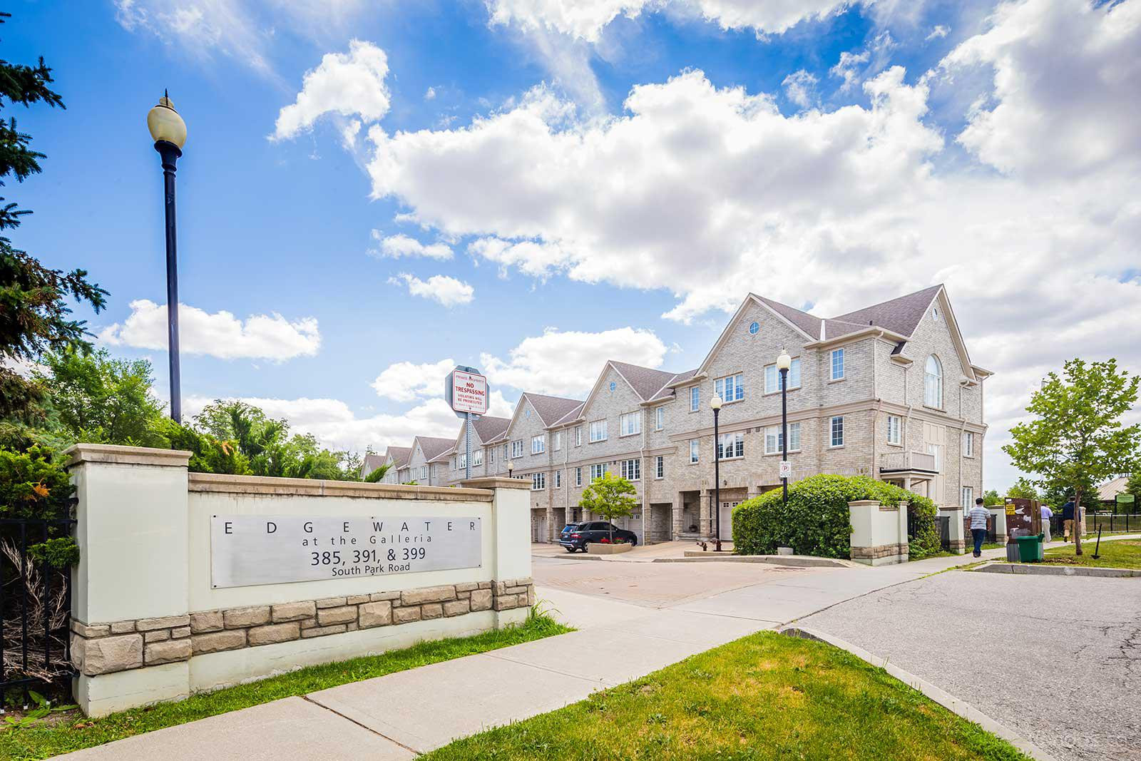 Edgewater at the Galleria at 399 South Park Rd, Markham 1