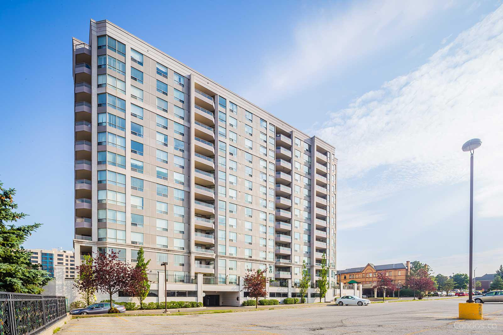 Grand Parkway Residences Ⅰ at 9015 Leslie St, Richmond Hill 1