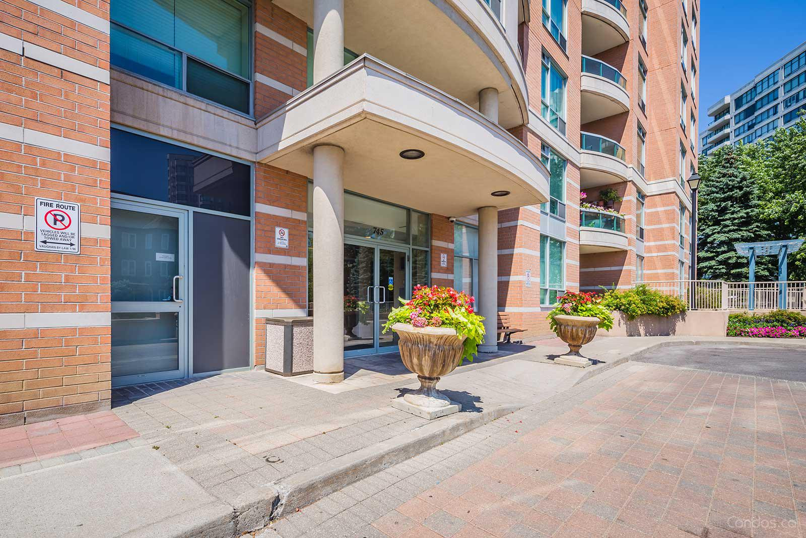 Residence of Beauclaire at 745 New Westminster Dr, Vaughan 1