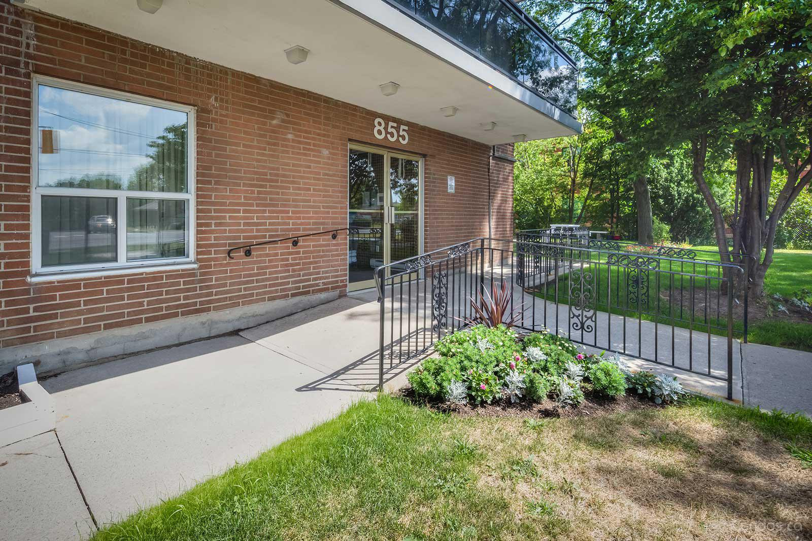 855 Kennedy Road Condos at 855 Kennedy Rd, Toronto 1
