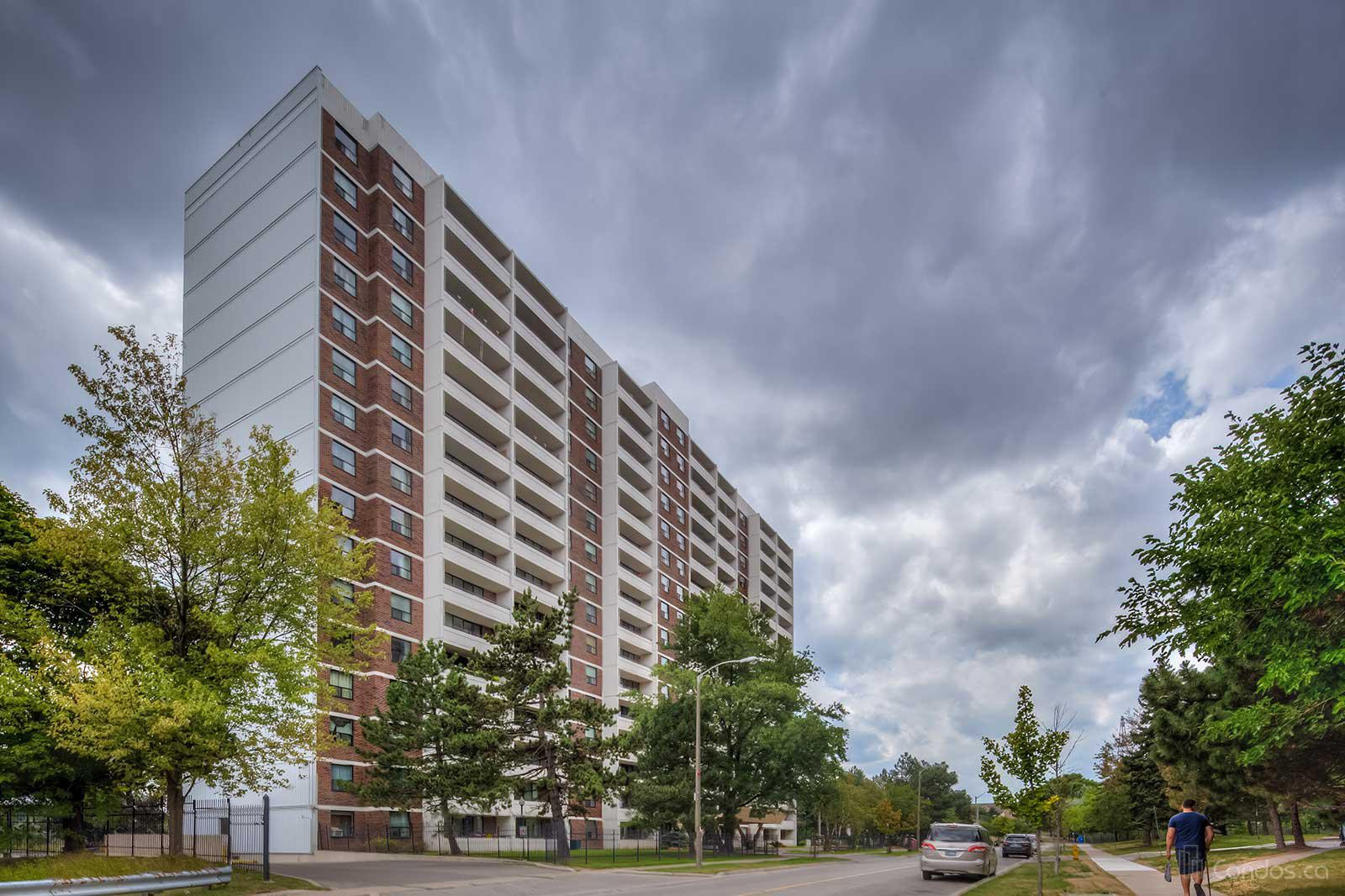 The Birches at 101 Prudential Dr, Toronto 0