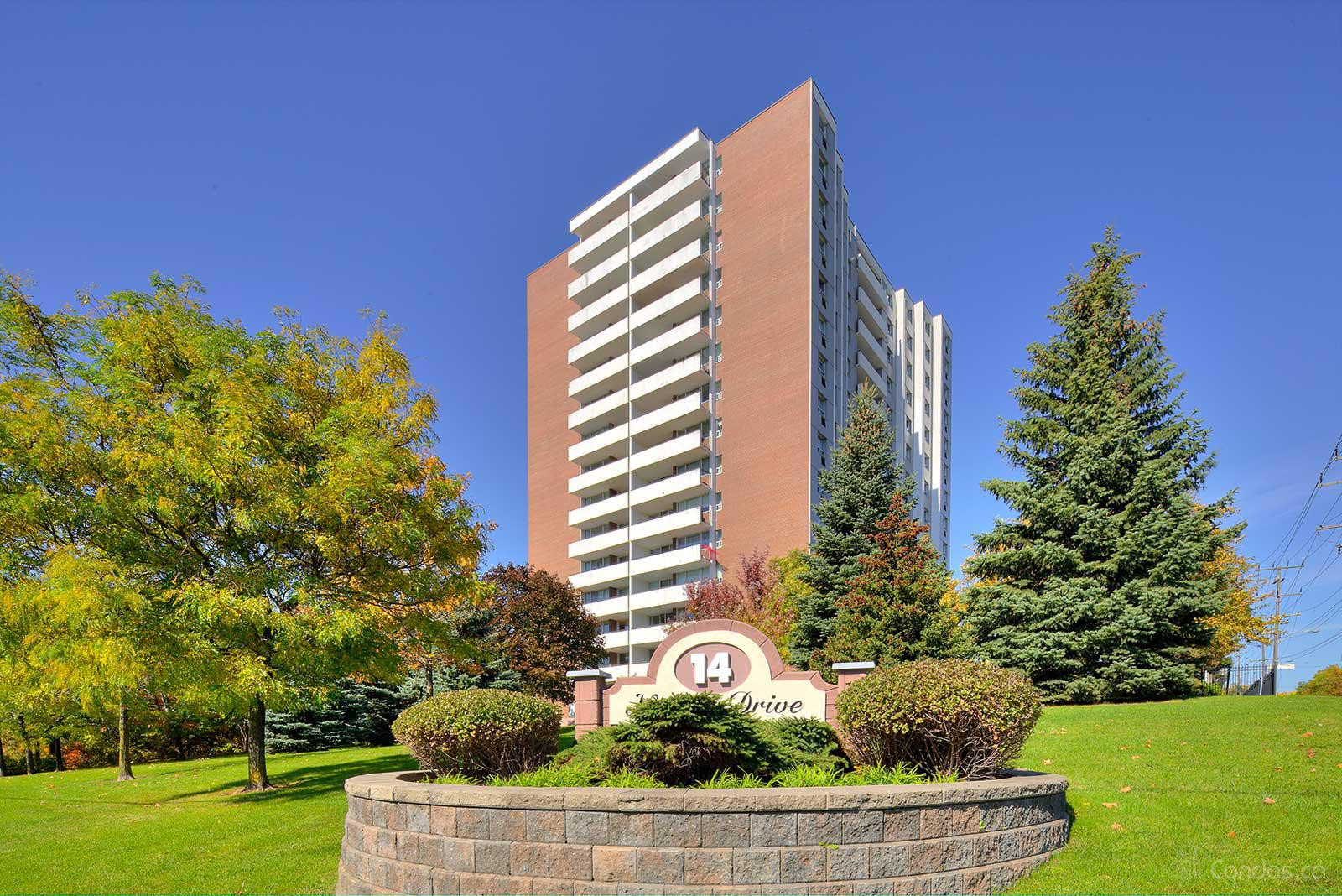 Round Hill at 14 Neilson Dr, Toronto 1