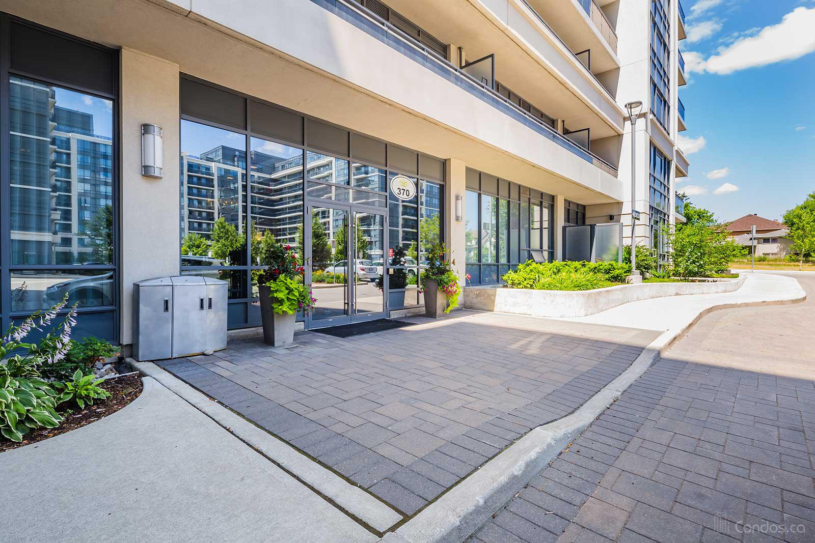 Royal Gardens Condos at 370 Hwy 7 E, Richmond Hill 0