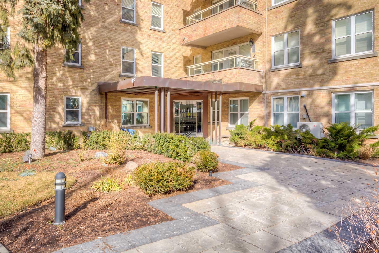 The Courtyards of Upper Forest Hill at 2603 Bathurst St, Toronto 0