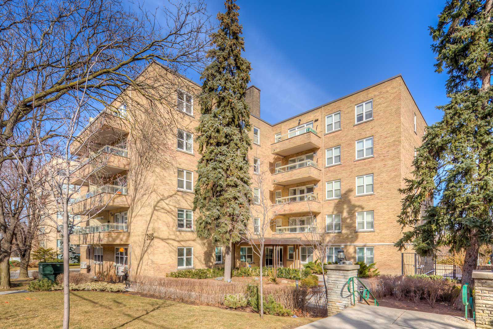 The Courtyards of Upper Forest Hill at 2603 Bathurst St, Toronto 1