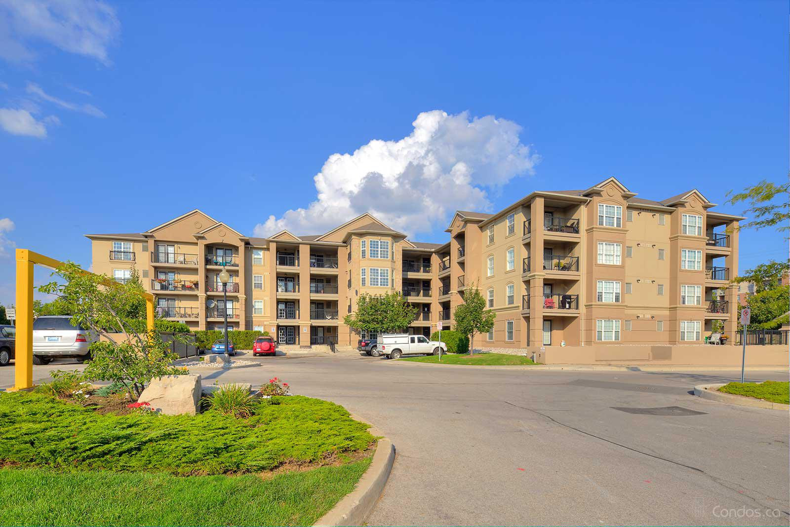 Orchard Uptown Condo at 2055 Appleby Line, Burlington 1
