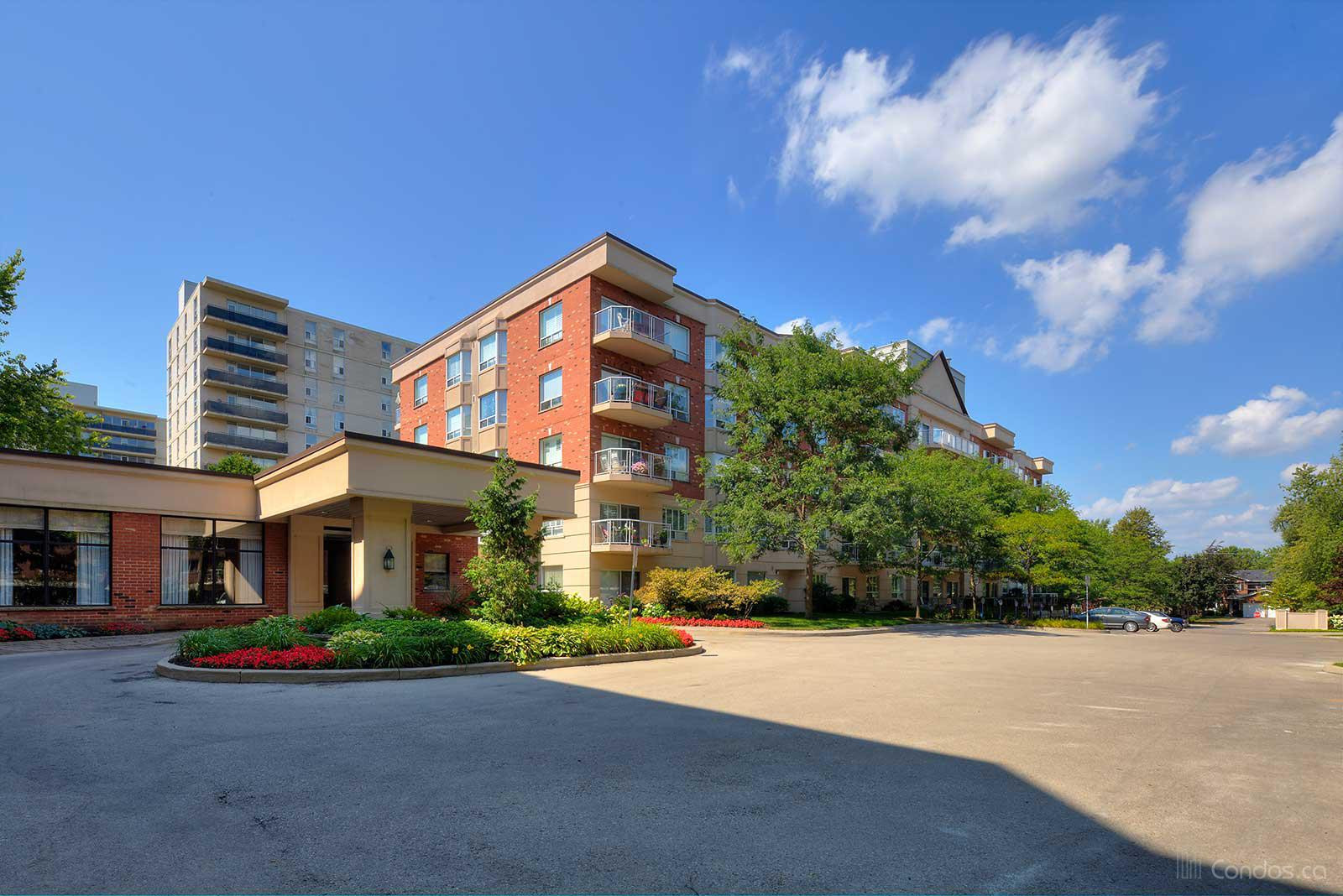 Waterford Place at 5188 Lakeshore Rd, Burlington 0