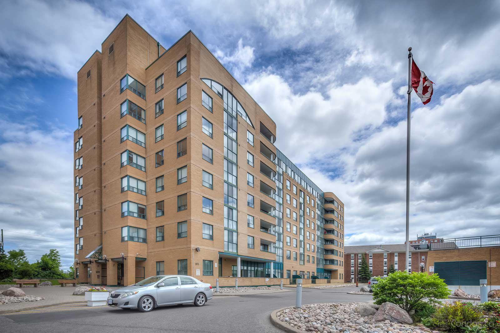 Emerald Point at 1655 Pickering Pkwy, Pickering 1