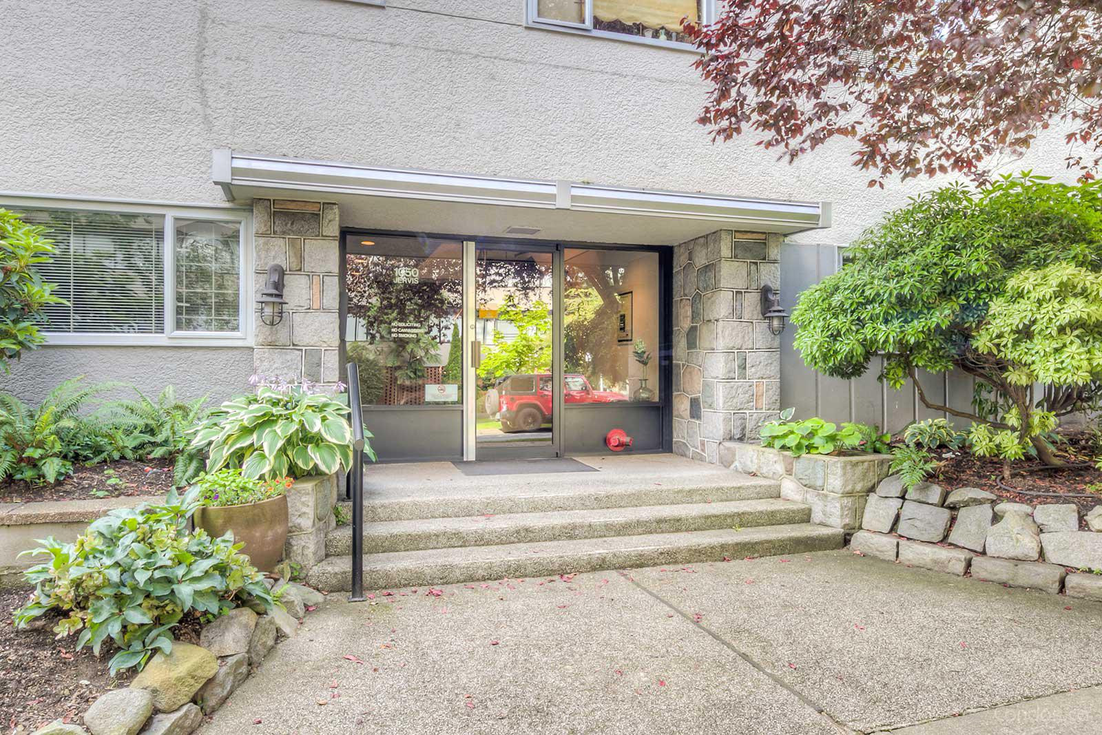 Jervis Manor at 1050 Jervis St, Vancouver 0