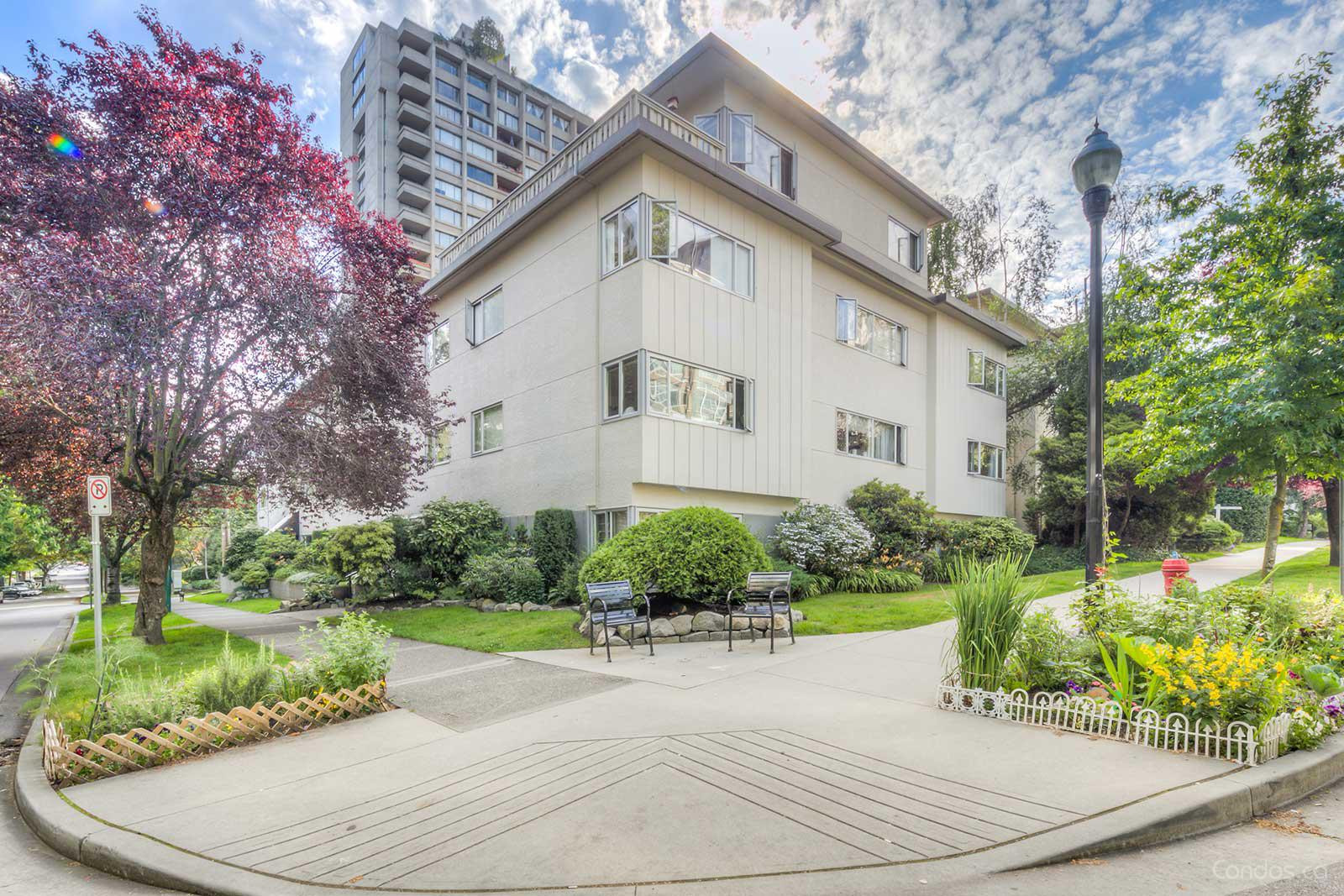 Jervis Manor at 1050 Jervis St, Vancouver 1