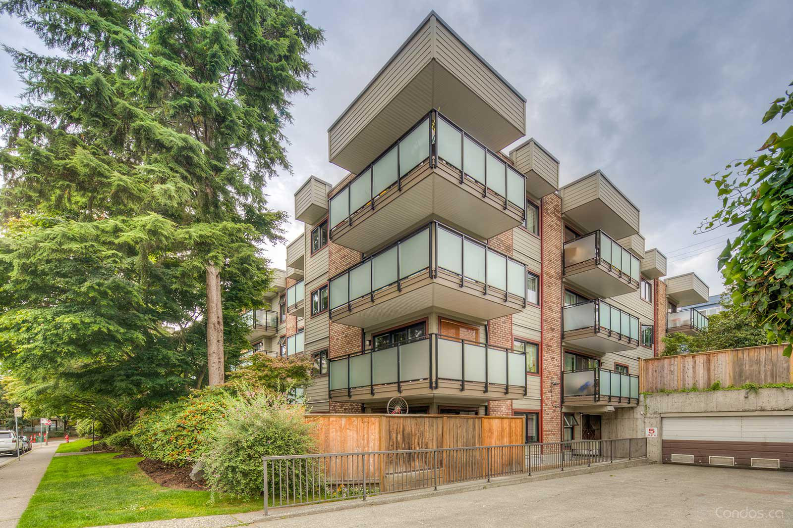 Landmark Caprice at 1066 E 8th Ave, Vancouver 1