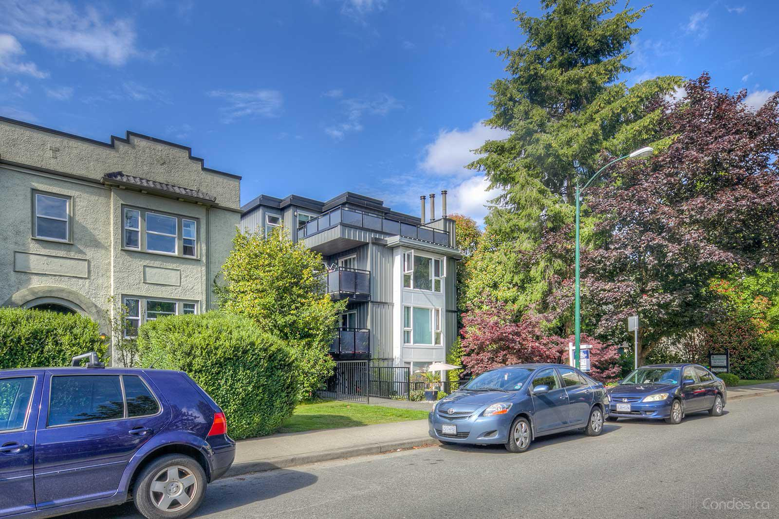 Oak Terrace at 1035 W 11th Ave, Vancouver 1