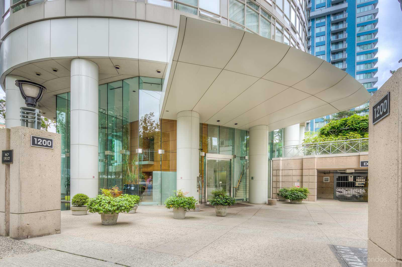 The Palisades East Tower at 1200 Alberni St, Vancouver 0