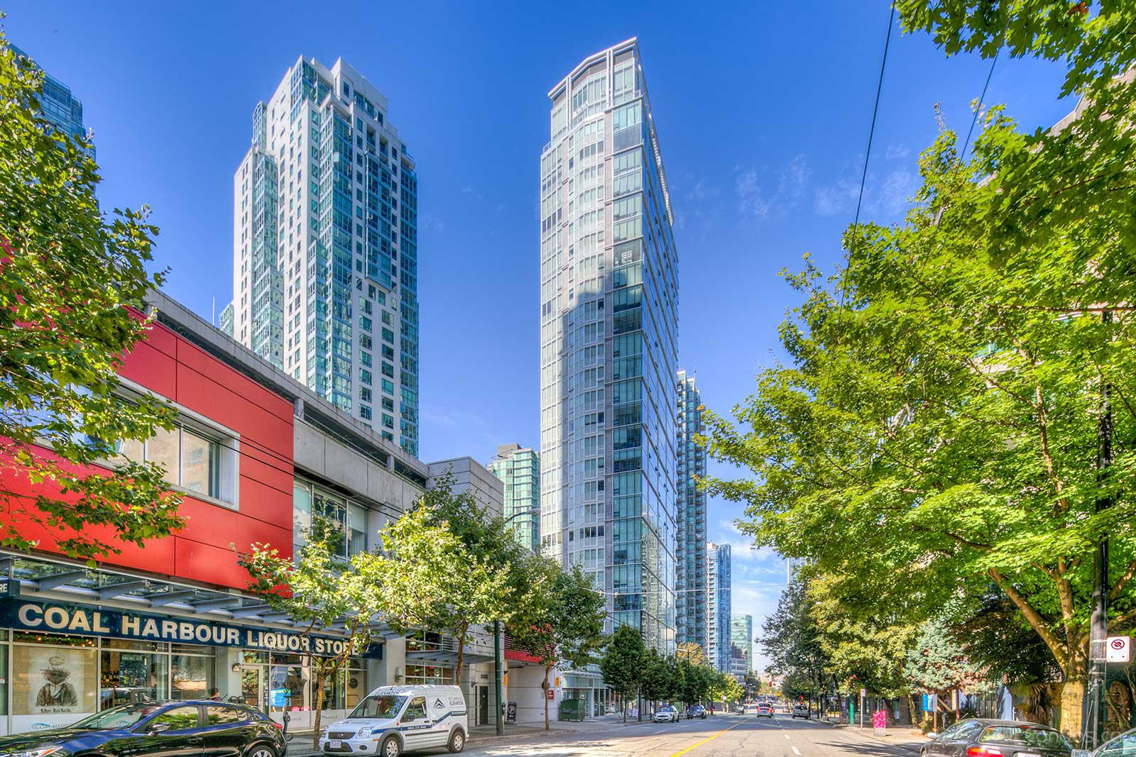 Pointe Claire at 1238 Melville St, Vancouver 0