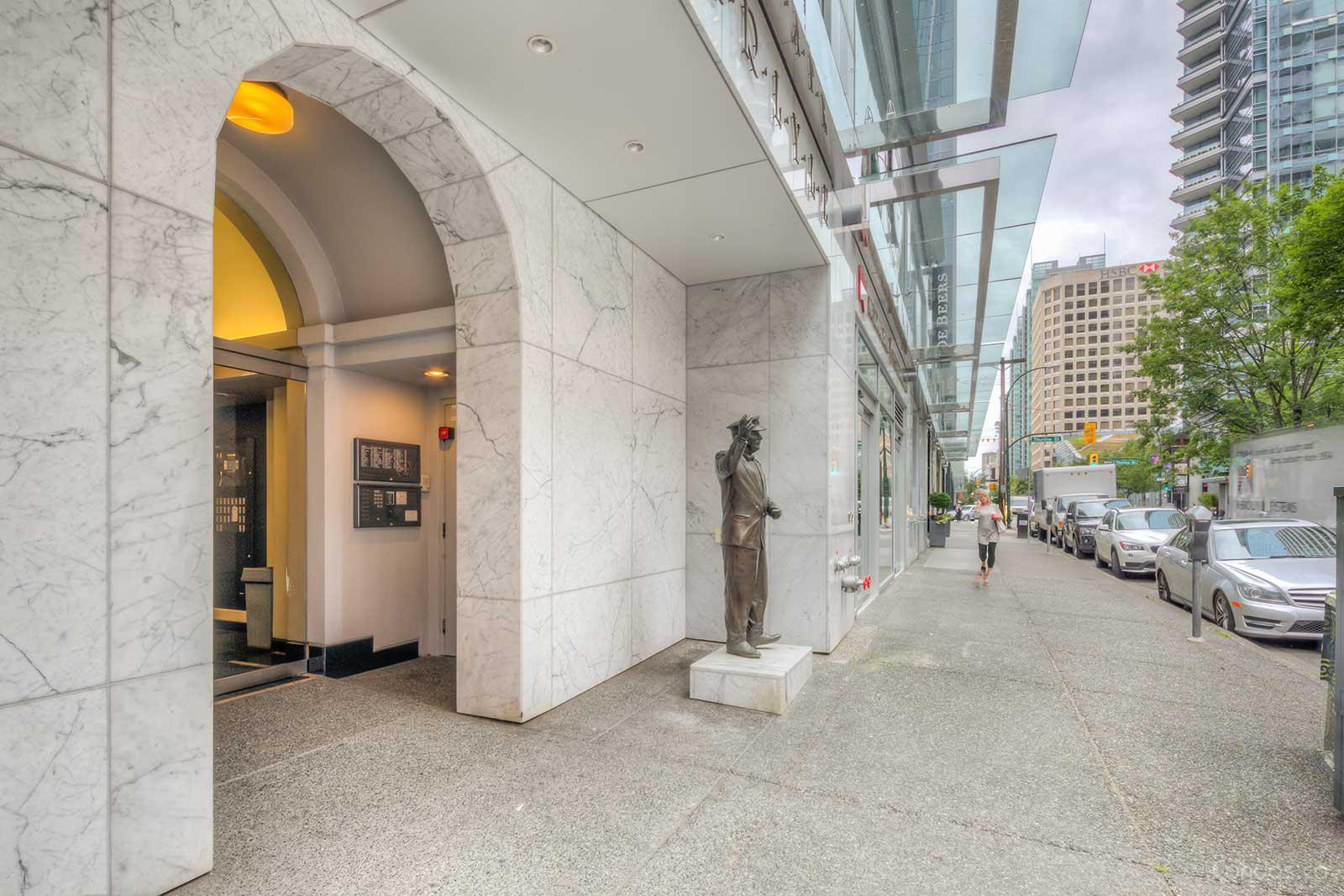 The Carlyle at 1060 Alberni St, Vancouver 1