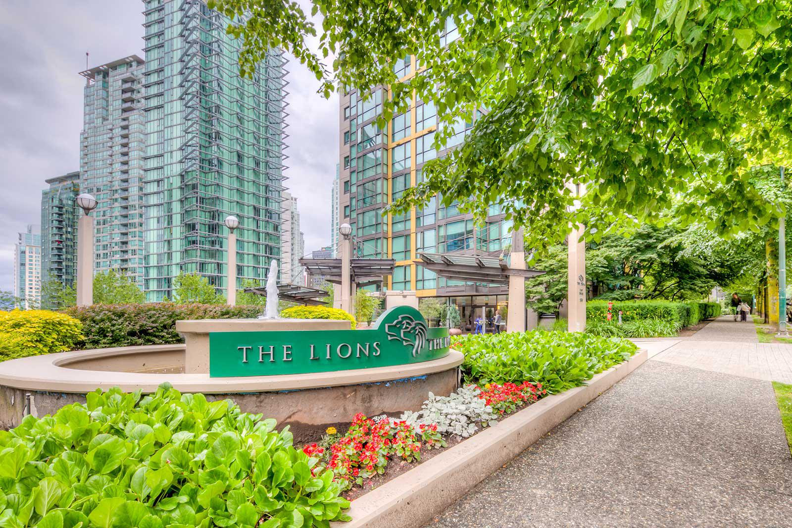 The Lions at 1331 Alberni St, Vancouver 1