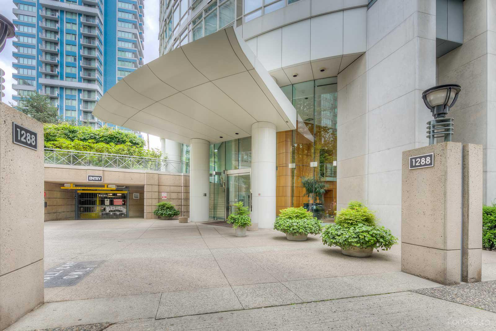The Palisades West Tower at 1288 Alberni St, Vancouver 0