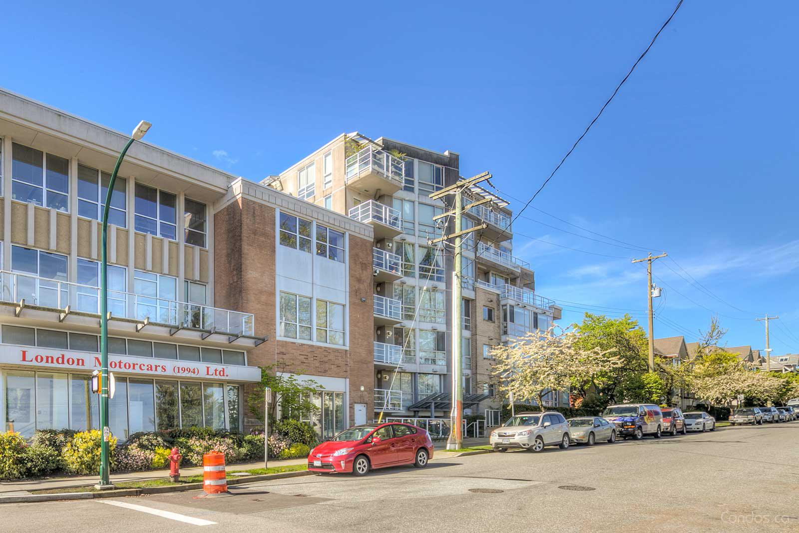 Carnegie at 1823 W 7th Ave, Vancouver 1