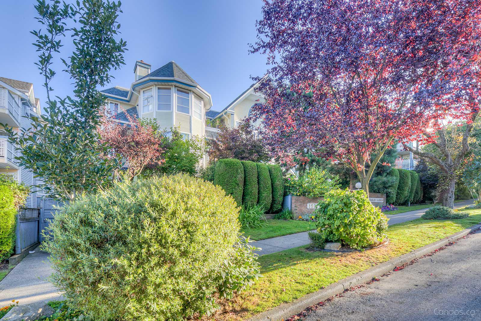 Charles Garden at 1537 Charles St, Vancouver 0