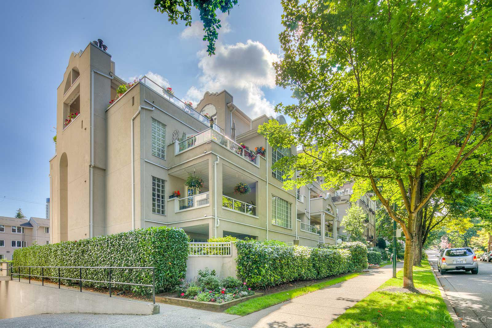 Charlotte Gardens at 1525 Pendrell St, Vancouver 0