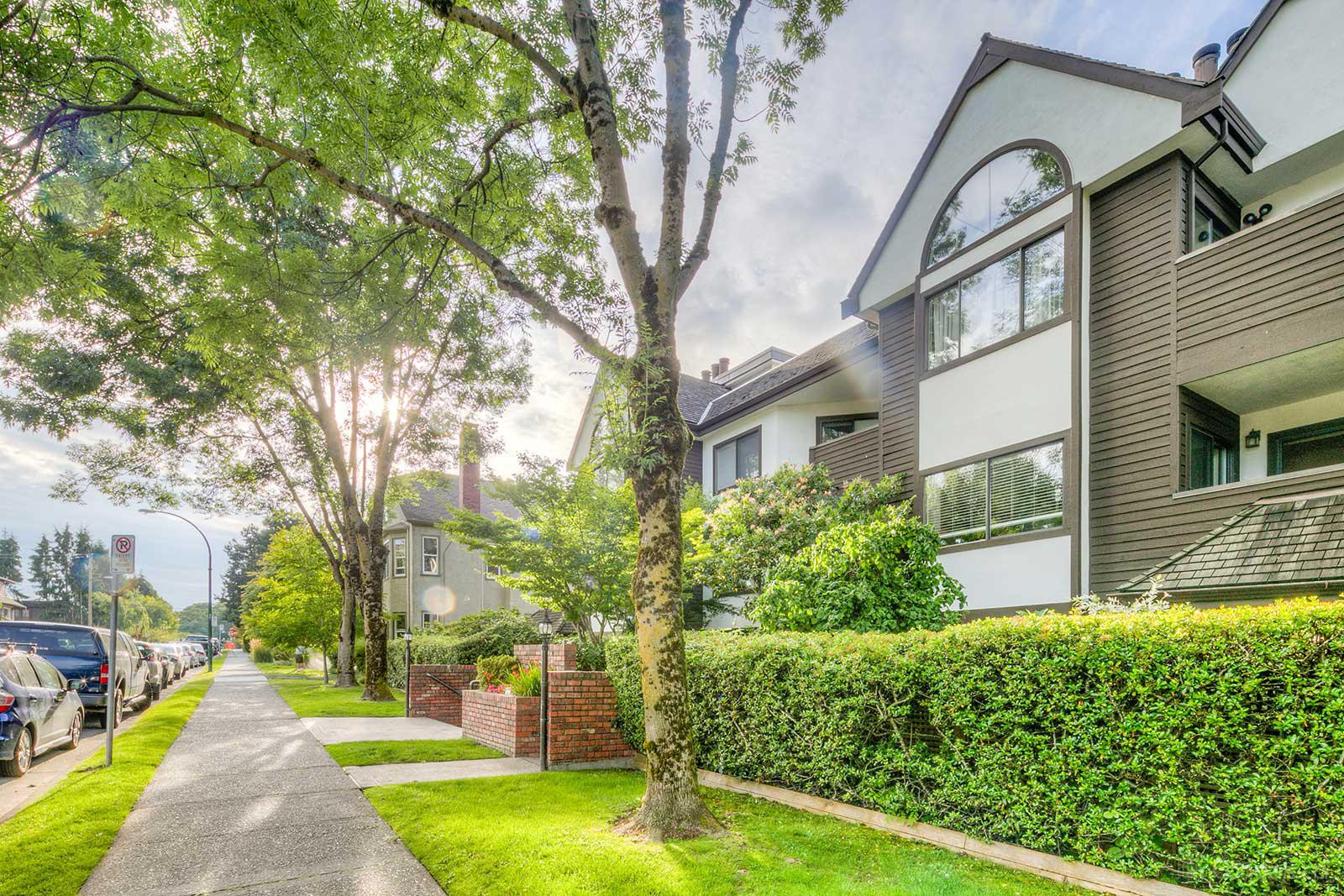 Dorchester Place at 1633 W 11th Ave, Vancouver 1