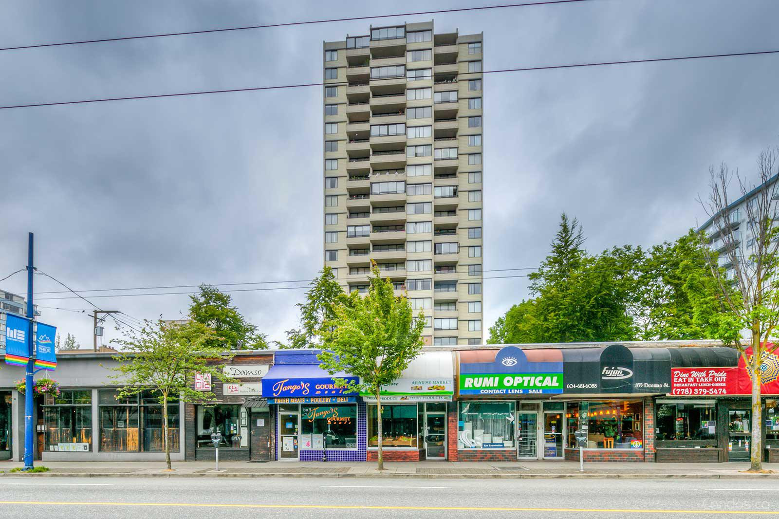 Huntington Place at 1816 Haro St, Vancouver 1