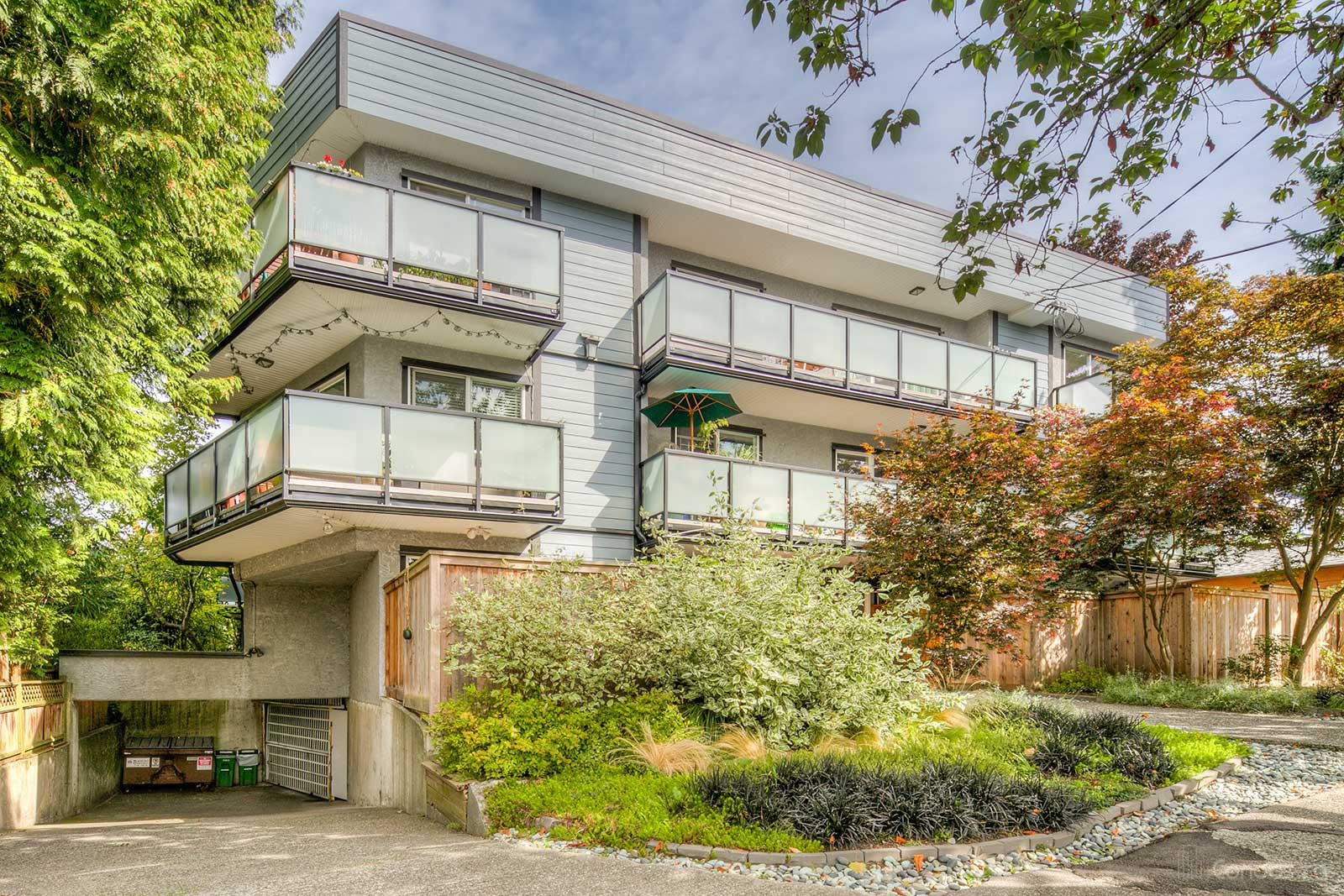 Landmark Place at 1429 William St, Vancouver 0