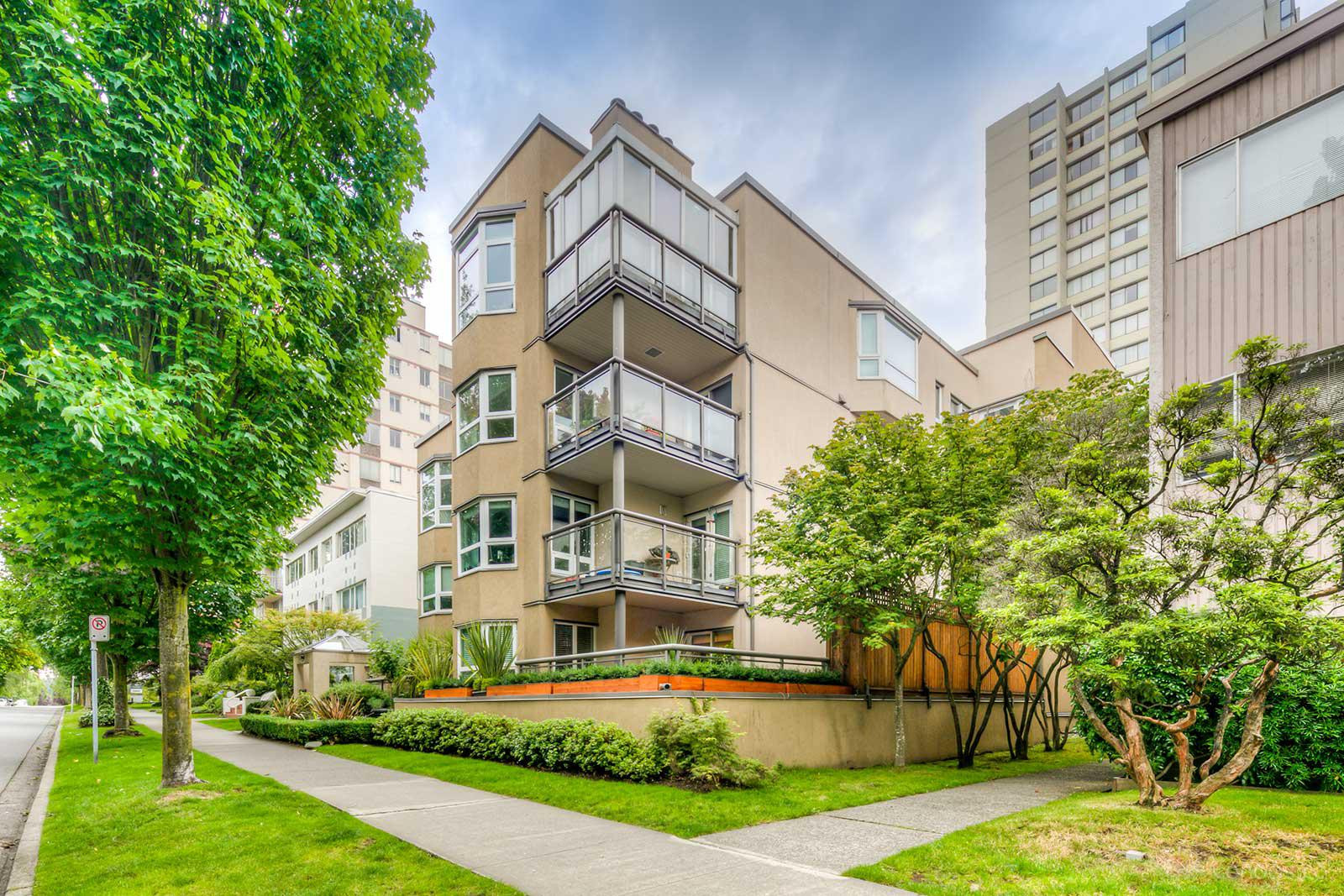 Parkside Place at 1835 Barclay St, Vancouver 1