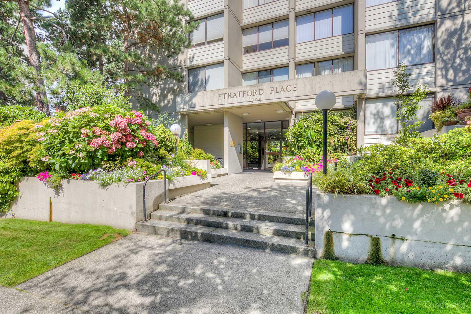 Stratford Place at 1725 Pendrell St, Vancouver 0