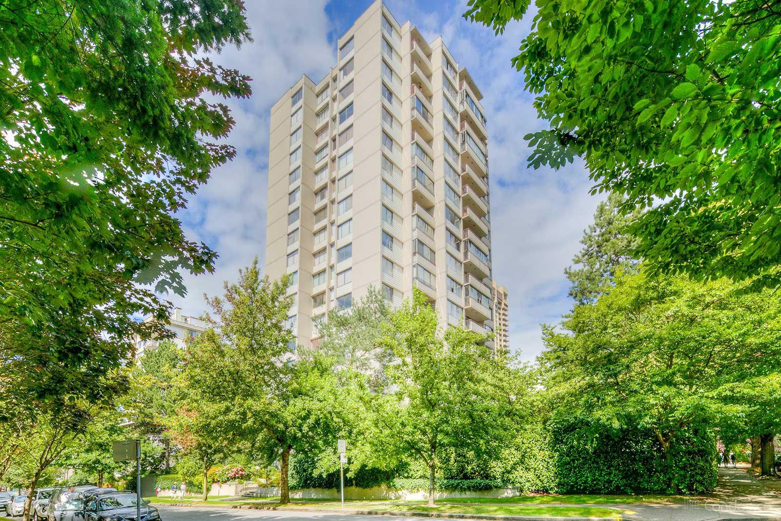 Stratford Place at 1725 Pendrell St, Vancouver 1
