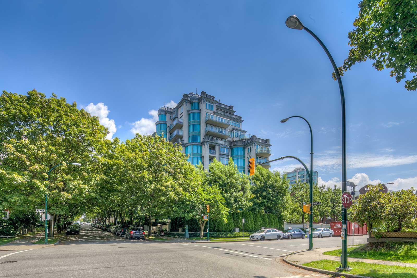The Kingswood at 1596 W 14th Ave, Vancouver 0