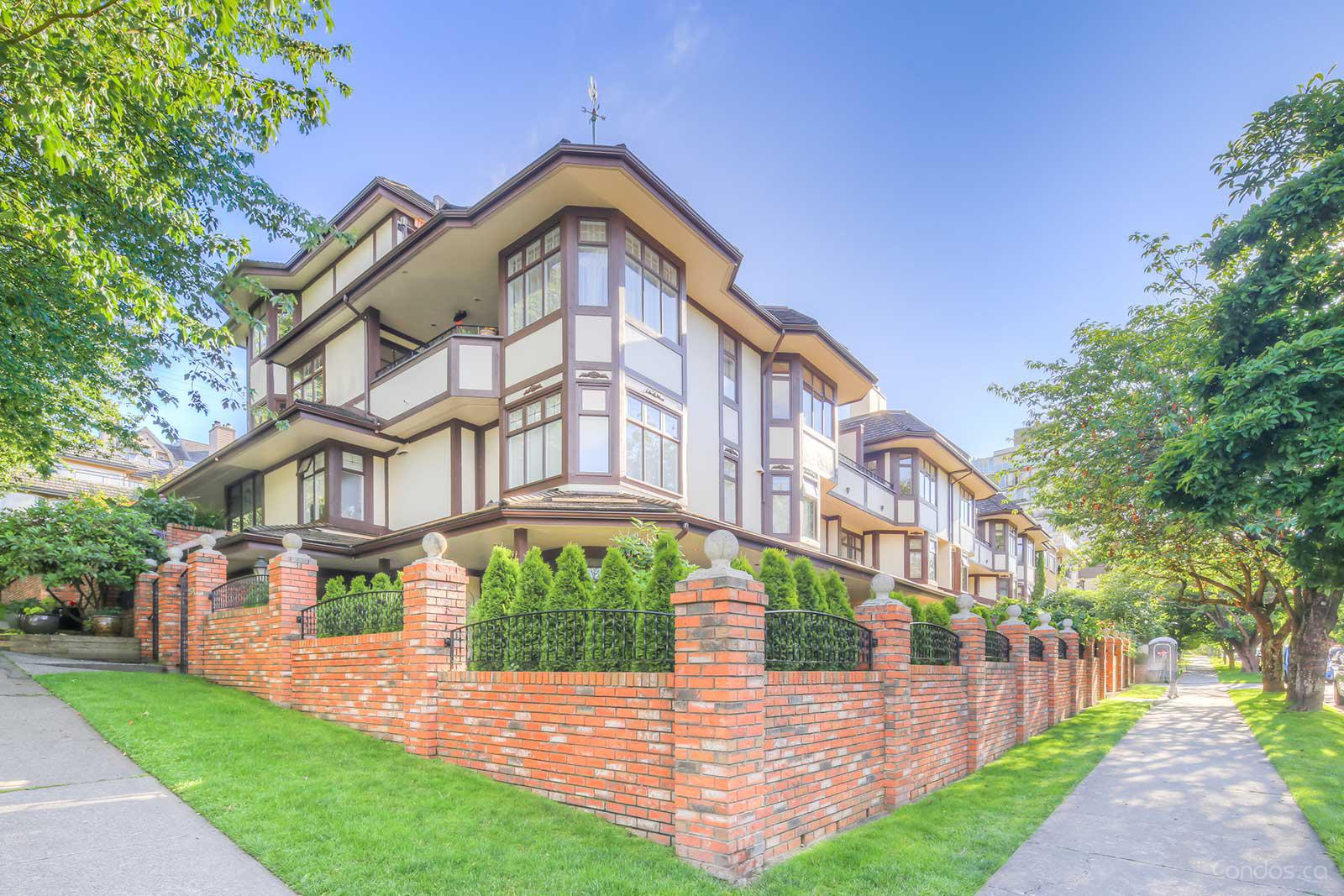 The Old York Townhomes at 1609 Balsam St, Vancouver 1