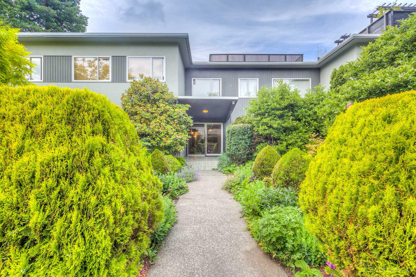 Cedar Crest at 2493 W 1st Ave, Vancouver 0