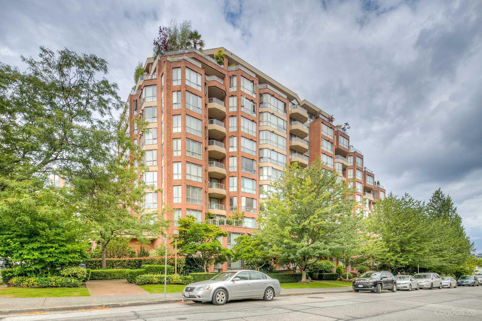 Meridian Cove at 2201 Pine St, Vancouver 1